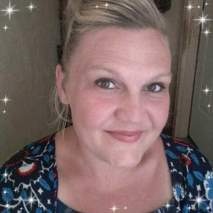 Esra Bilici is a message therapist in Turnersville NJ.